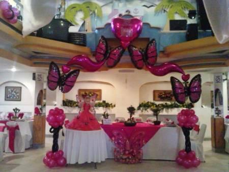 Como adornar con globos para 15 a os hermoso y elegante for Decorar casa para quince anos