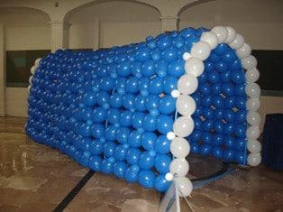 Como arreglar un salon con globos práctica y fácilmente