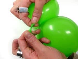 como-atar-globos-para-decorar-2