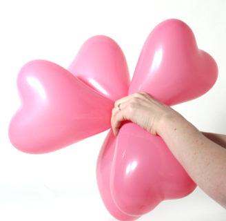 Como atar globos para decorar de forma muy sencilla