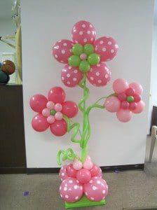 como hacer un adorno con globos - Como Hacer Flores Con Globos