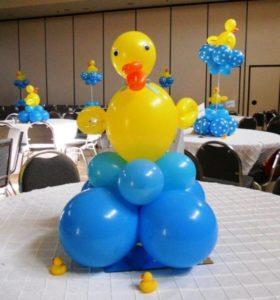 Como-hacer-arreglos-con-globos-para-fiestas-centro-de-mesa
