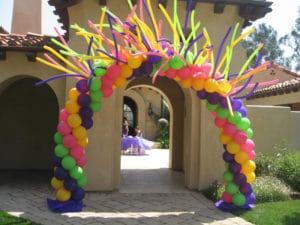 como-hacer-adornos-con-globos-para-fiestas-5