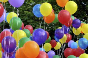 como-hacer-adornos-con-globos-para-fiestas6