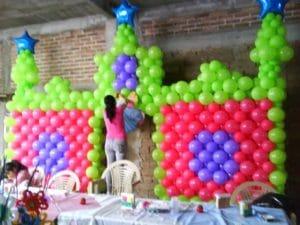 como-hacer-arreglos-con-globos-para-fiestas-infantiles-3