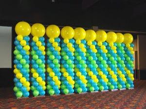 como-hacer-columnas-con-globos-5