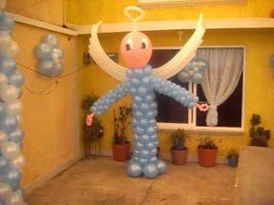 como-hacer-decoraciones-con-globos-para-bautizo-3