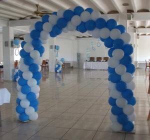 como-hacer-espirales-con-globos-3
