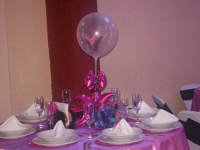 adornos con globos metlicos para xv aos