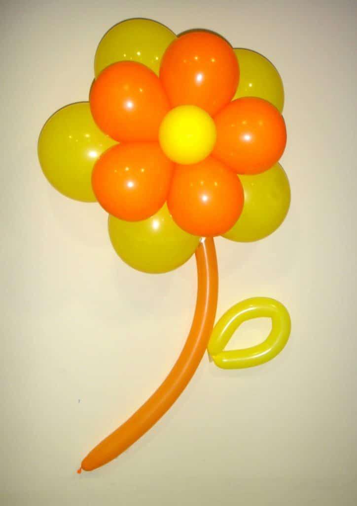 Como hacer flores con globos paso a paso f cilmente - Hacer munecos con globos ...