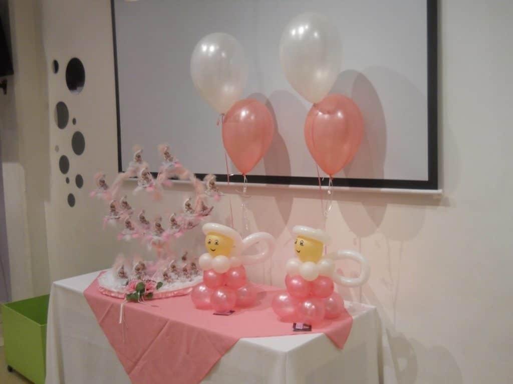 como hacer adornos con globos para bautizo hermos simos