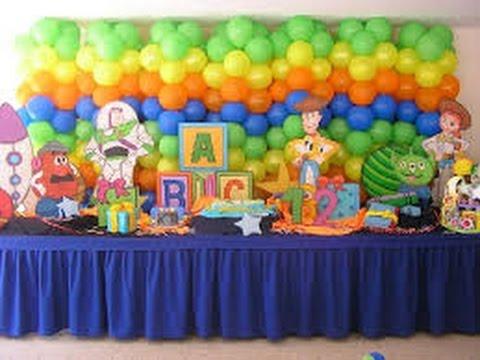 Como hacer columnas de globos para fiestas infantiles - Como hacer adornos para fiestas ...