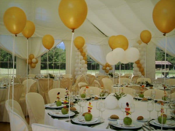 Como hacer adornos con globos para bautizo hermos simos for Decoracion jardin ninos