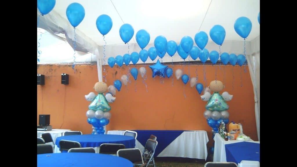 Como hacer adornos con globos para bautizo hermos simos - Como preparar un bautizo ...